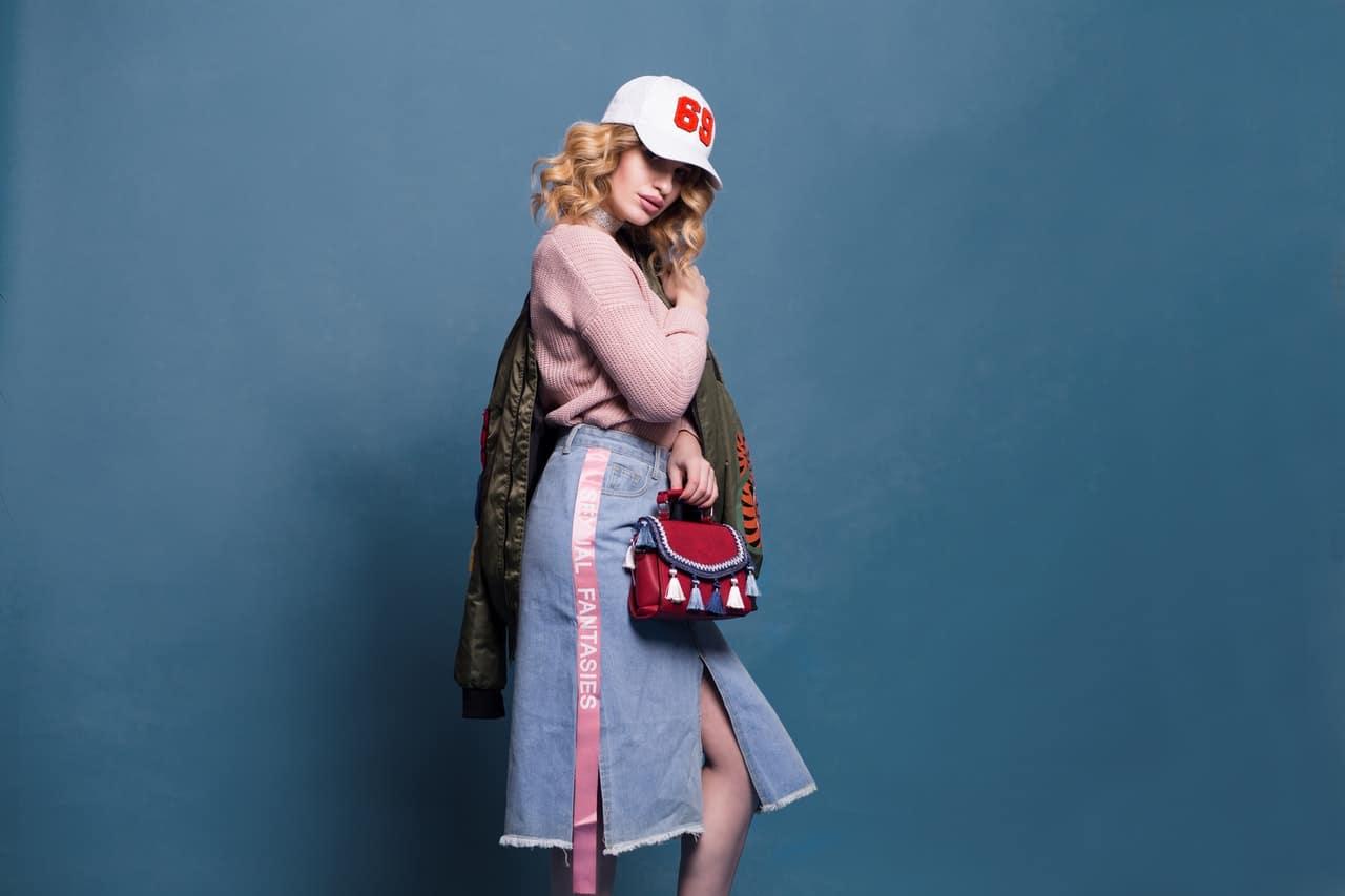 Атрибуты базового гардероба молодой девушки